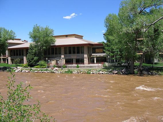 The Doubletree Hotel next to the Animas River