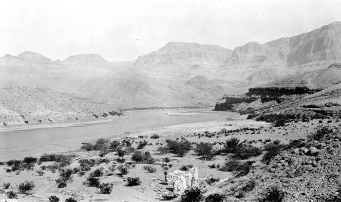 An early view of Pearce Ferry from USGS photographic archives.