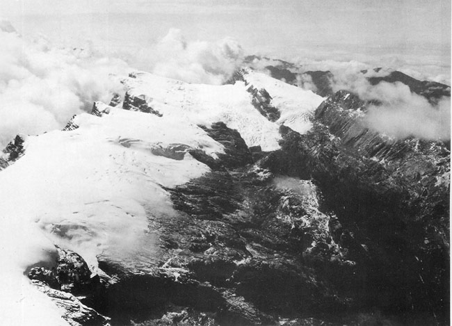 Glaciers on the island of New Guinea in 1936.